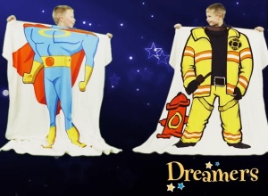 dreamers blanket and pillow play sleep set